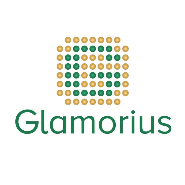 glamorius_20180215_2085414464